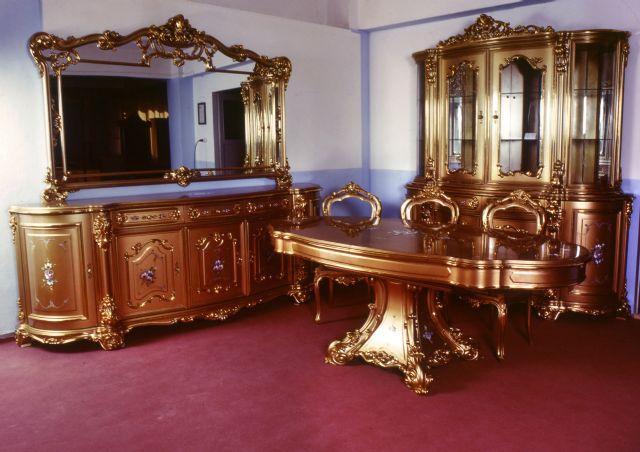 Klasik mobilya sektörü cok bulunmayan ve bu dönemlerde rövanşta olmayan...